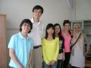 Paul Krause, Professor Xudong Chen, Daniela Muhaj and Sundous Eddeb interviewed two students at Shanghai Institute of Foreign Trade.
