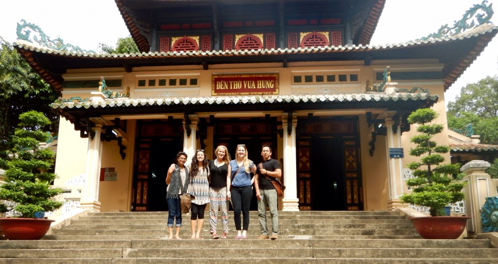Group Photo at Temple of the Hung Kings.